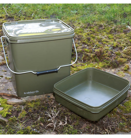 Trakker Trakker 13Ltr Olive Square Bucket with Tray