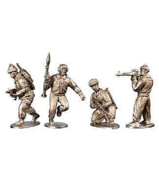 Empress Miniatures Chechen Infantry Advancing/Firing (CWC05)