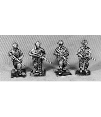 Empress Miniatures British Infantry Patrolling (BAOR1)