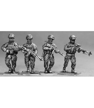 Empress Miniatures Russian Infantry Patrolling (RUS01)
