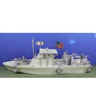 Empress Miniatures Patrol Boat River + US Navy Crew