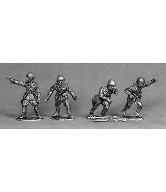 Empress Miniatures Italian Army Command with helmets (LIT01)