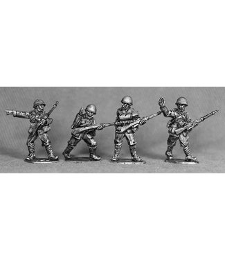 Empress Miniatures Italian Army Riflemen with Helmets Advancing (LIT02)