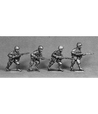 Empress Miniatures Italian Army Riflemen with Helmets Advancing (LIT05)