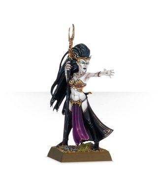 Age of Sigmar Sorceress