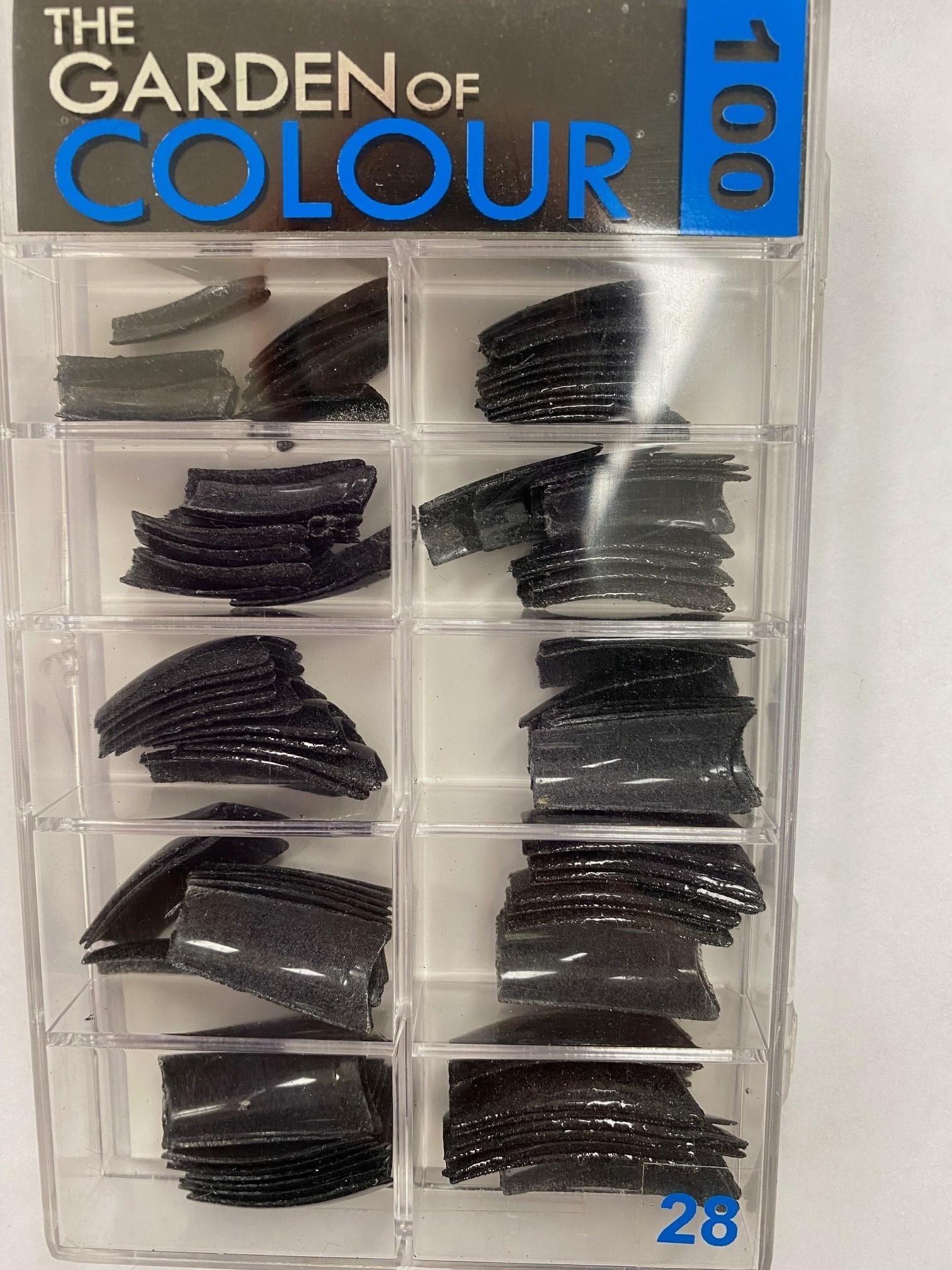 Garden Of Colour Tips Black Glitter 100pk