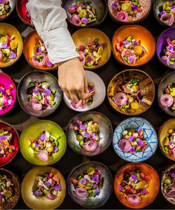 Bols en noix de coco aux couleurs vives - cadeau d'affaire