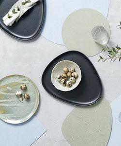Glasonderzetter curve in olive green leder