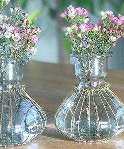Vase avec fil de laiton