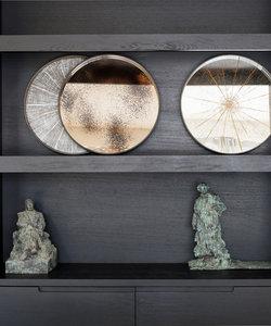 Klein dienblad met verouderd bronskleurig spiegelglas