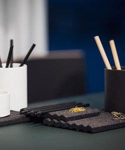 Porte-stylo Wave en céramique noire