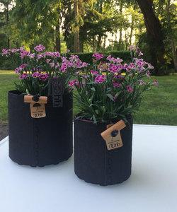 Zwarte bloempot in eco-vilt, medium model
