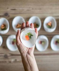 Jomon petit plat en porcelaine blanche MINI