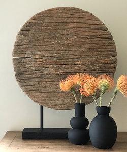 Vase en céramique noire mate