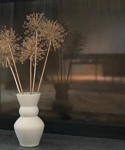 Vase en céramique beige mate