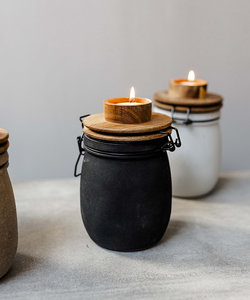 'Teun' bewaarpot zwart met houten deksel