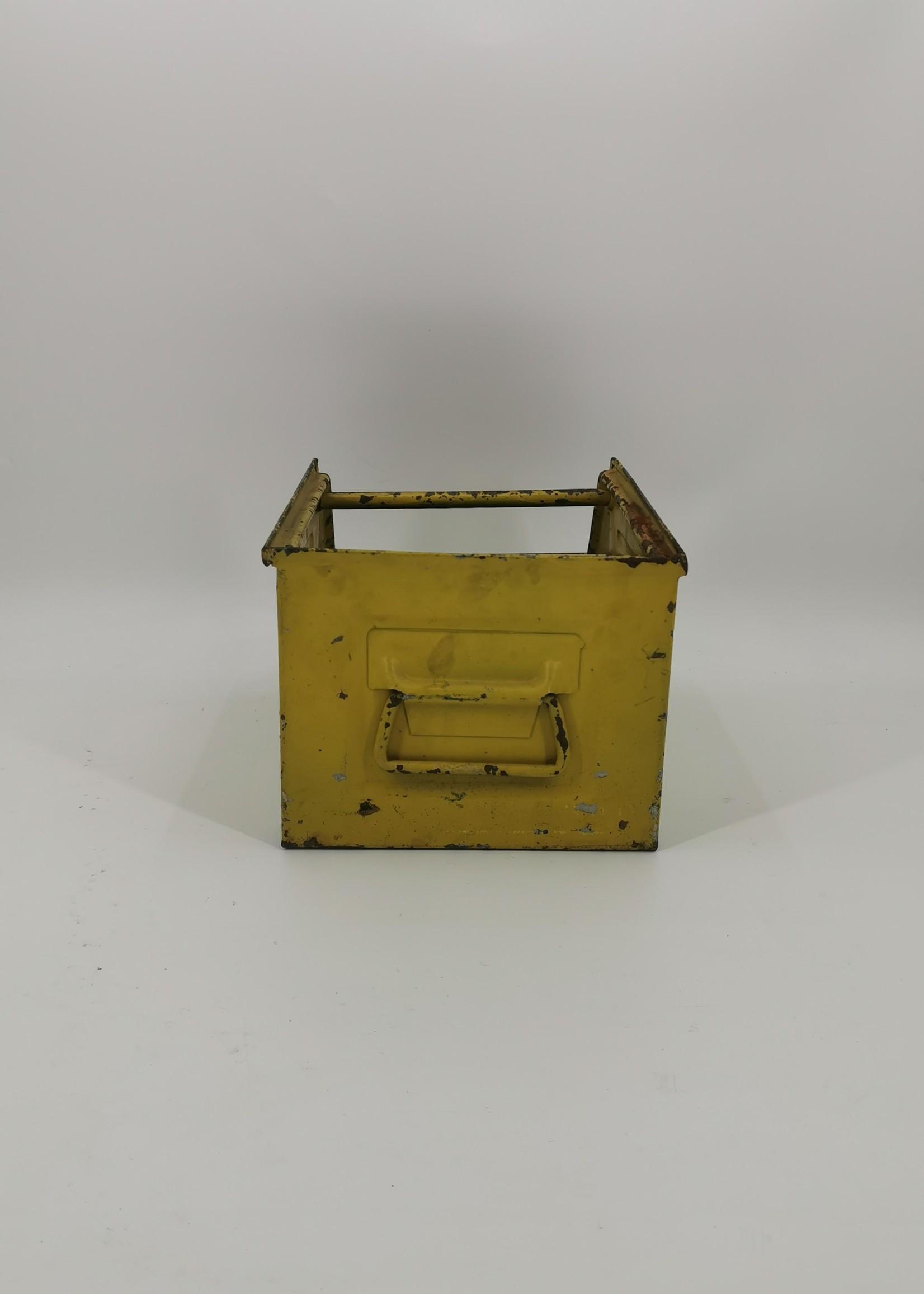 Magazijnbak geel