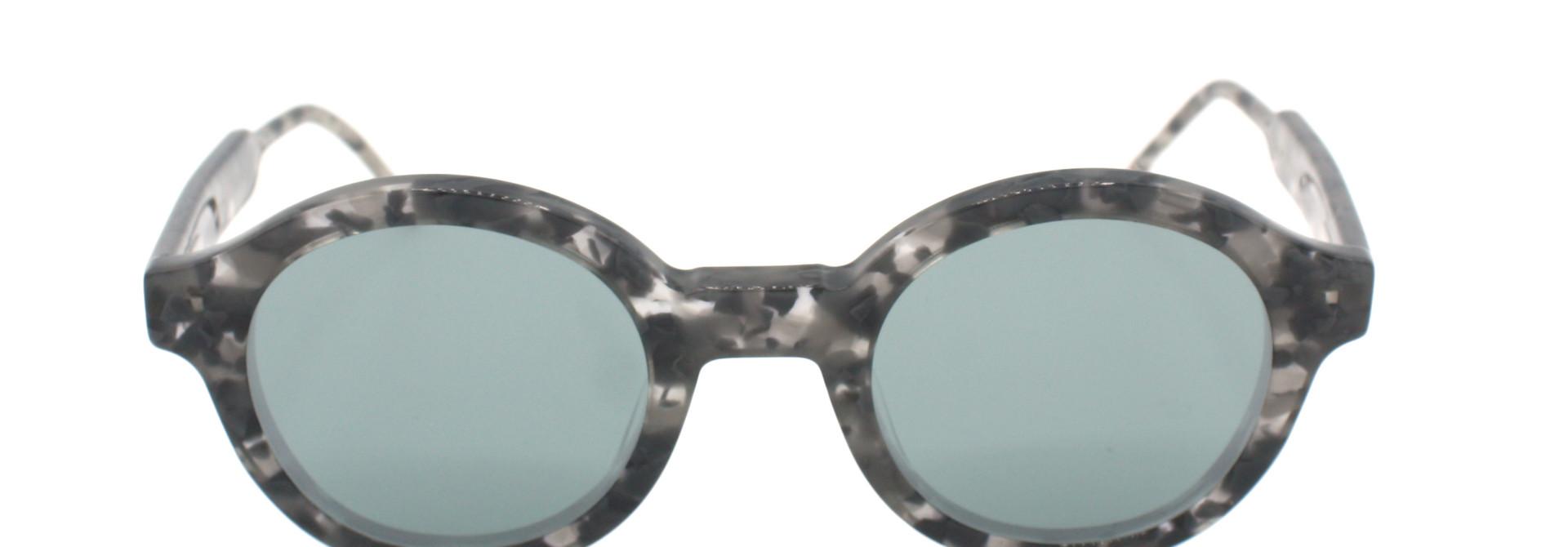 Thom Browne - TBS411-47-03 - TB-411 // Grey Tortoise w/ Dark Grey - Silver Flash Mirror - AR