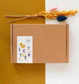 Doosje 12 Kaarten met envelop (Letters)