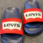Levis Pool Red Navy
