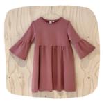 Uit eigen atelier • jurk met ruffle mouwen terra