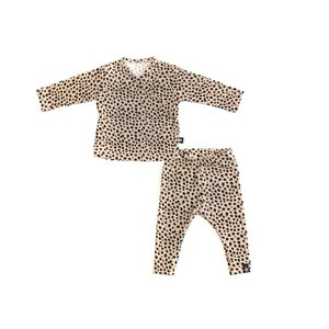 By Kels Newborn setje - Cheetah zand