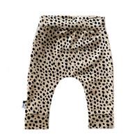 Newborn broekje cheetah dots