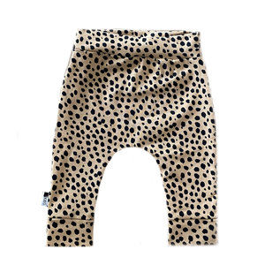 4 baby en kids Newborn broekje cheetah dots
