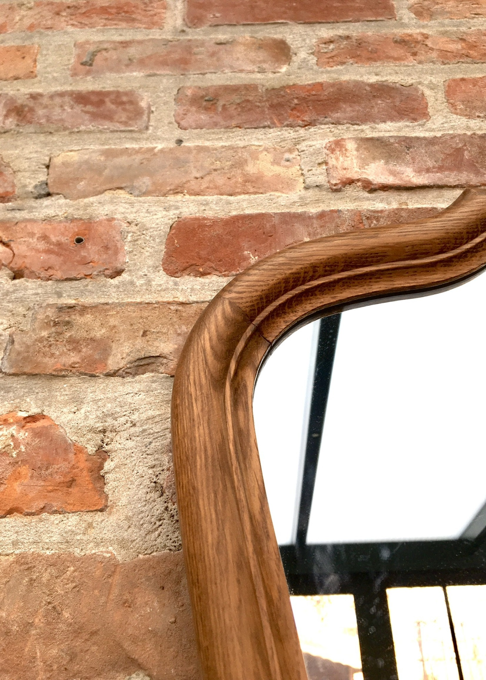 Wooden mirror with Shell carved in wood
