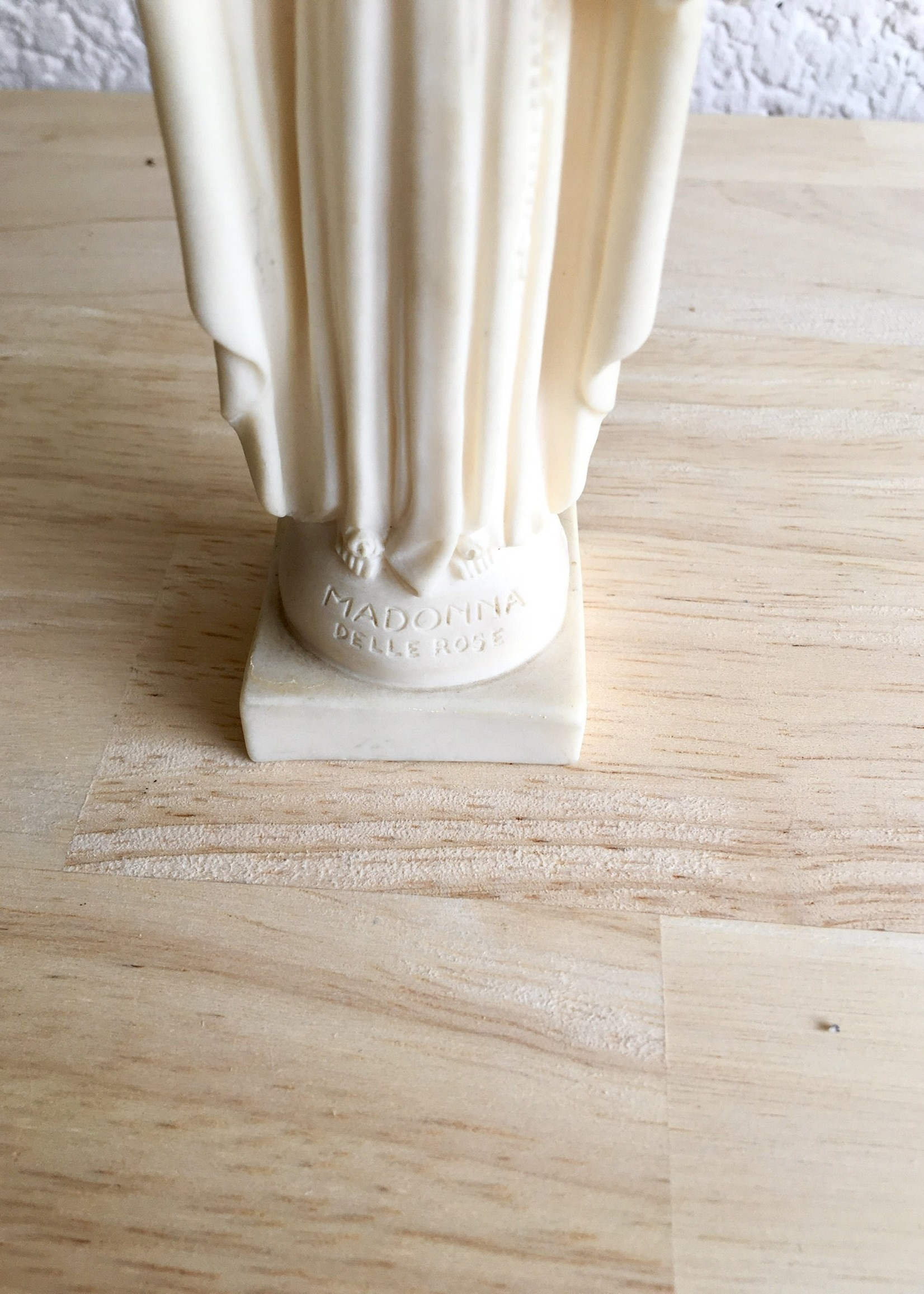 Virgin Mary off white with flower detail