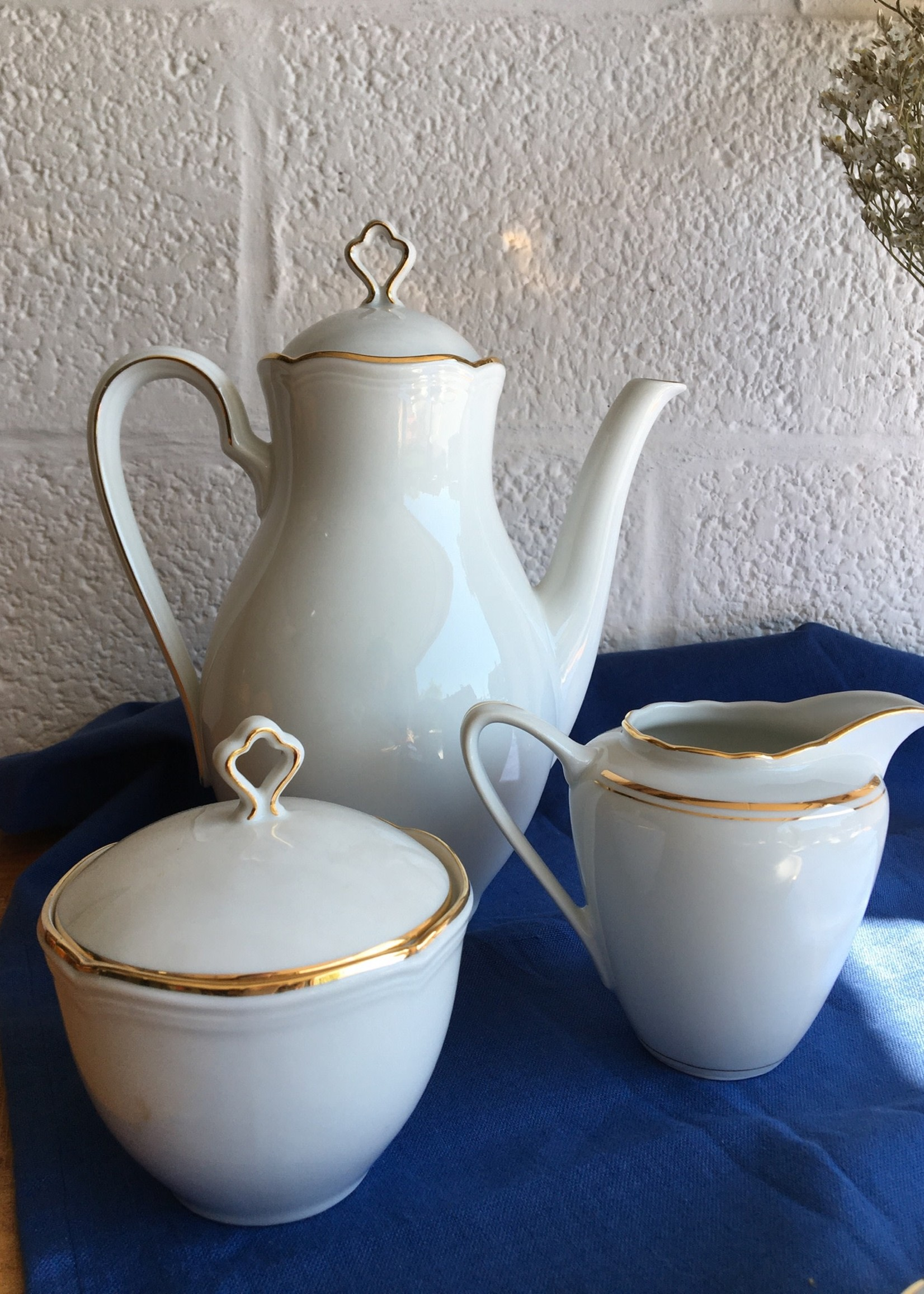 Bavarian porcelain coffee set model Marie Luise White and gold