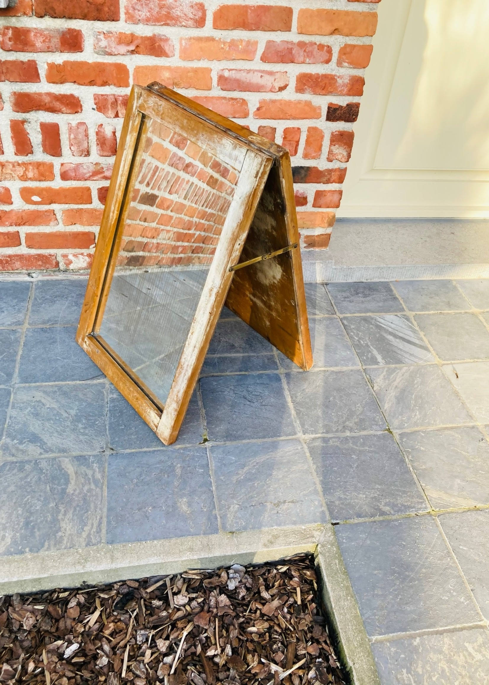 Standing two-sided mirror wooden structure