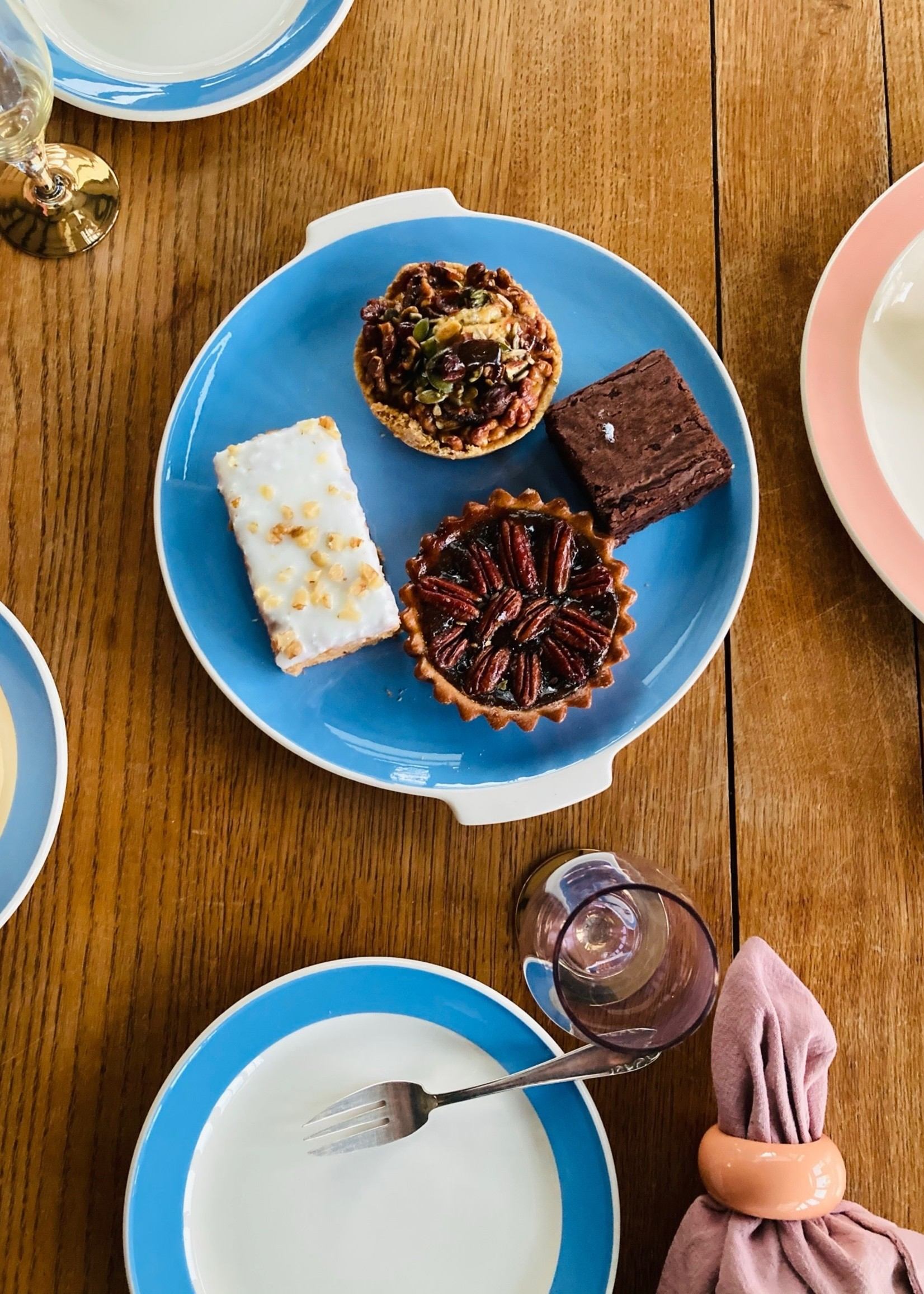 Dessert dish in Blue Orléans by Villeroy & Boch