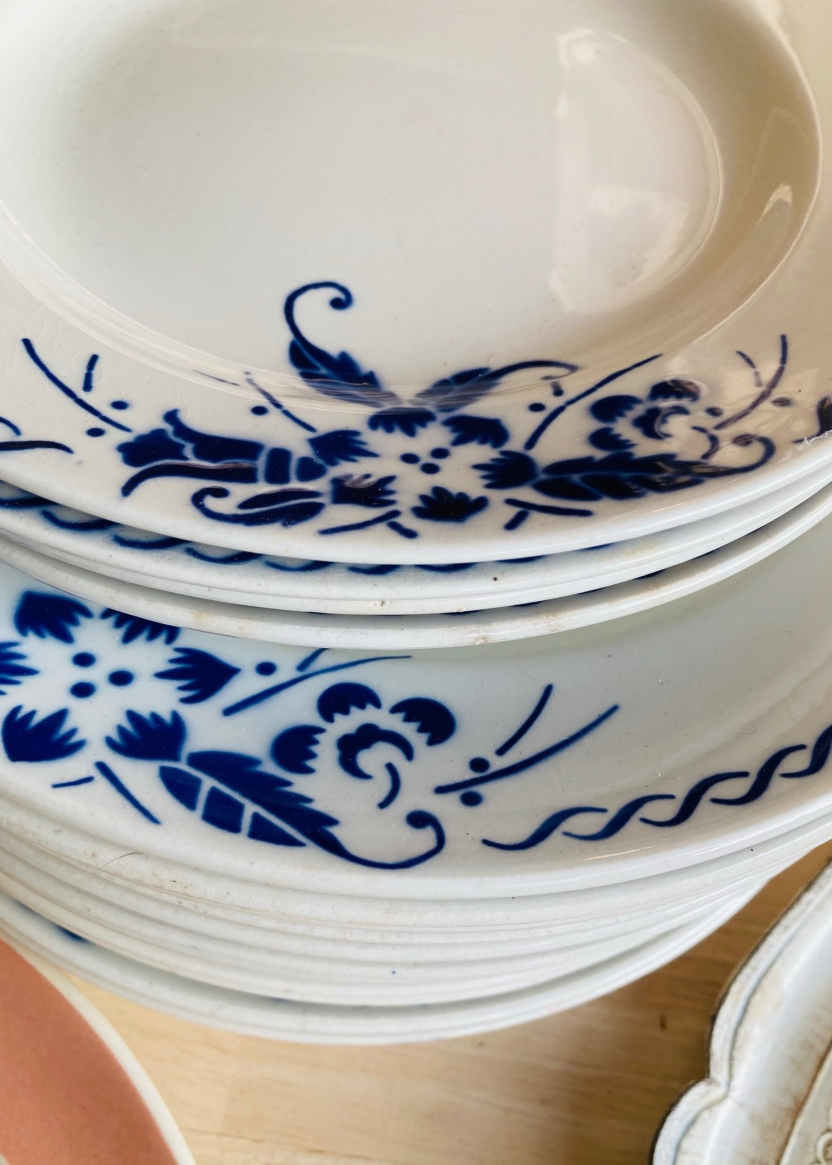 Deep floral plates blue flower decoration and circle by Boch