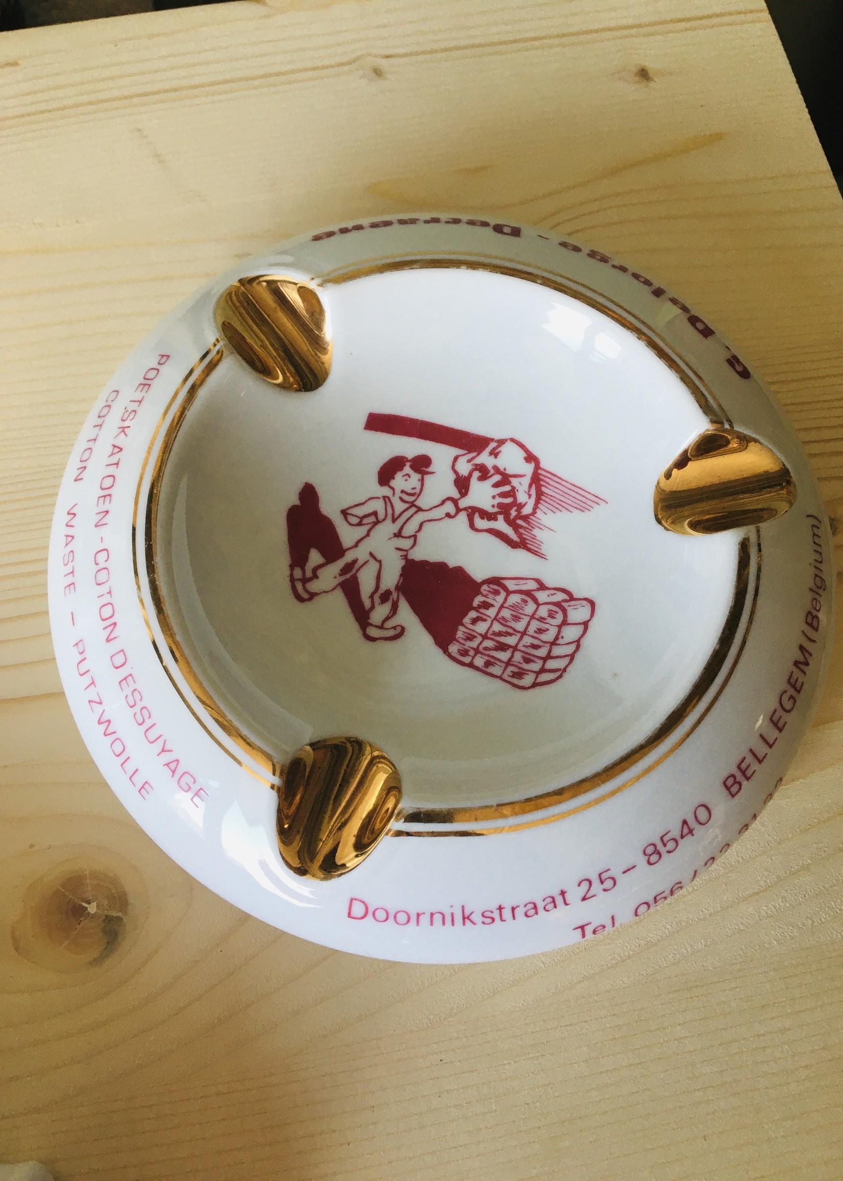 Ceramic ashtray Decraene with gold and red design