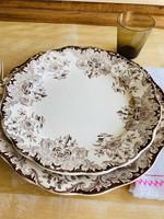 Small Plates Boch Dordrecht brown