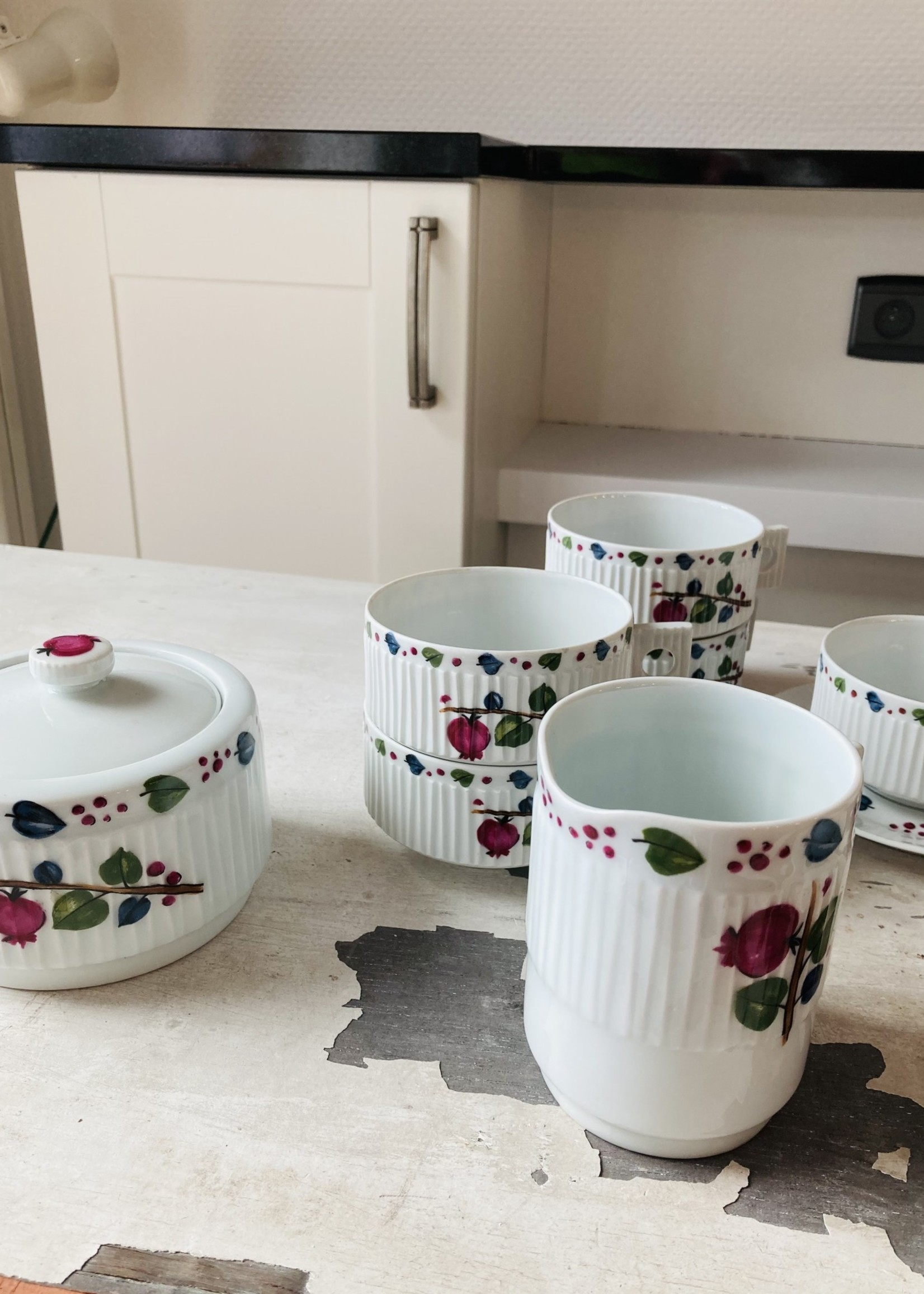 Coffee cup and small plate  in Limoges porcelain