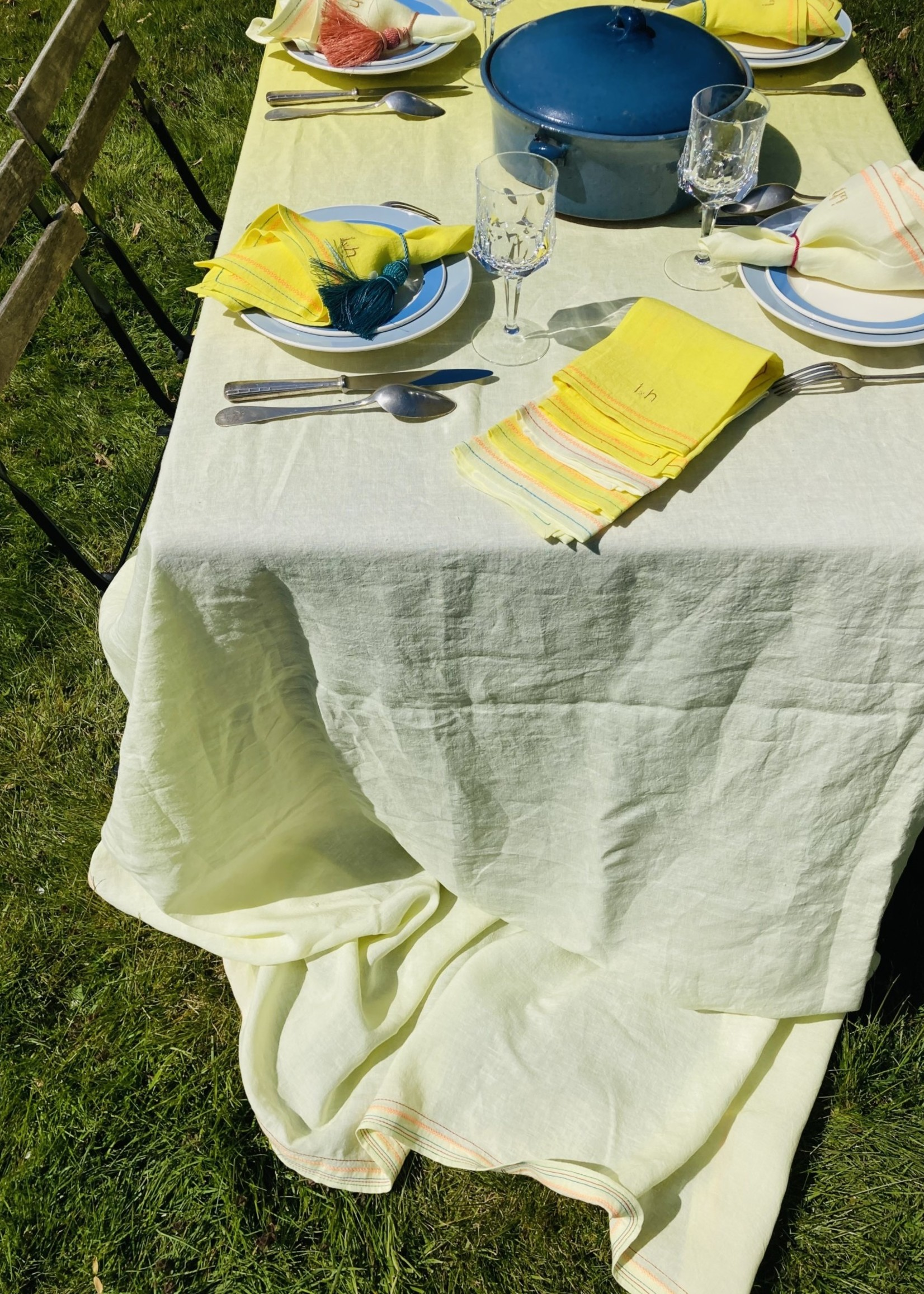 IdylleXHutta Set of 8  table napkins Yellow and embroidery From Belgian Linnen