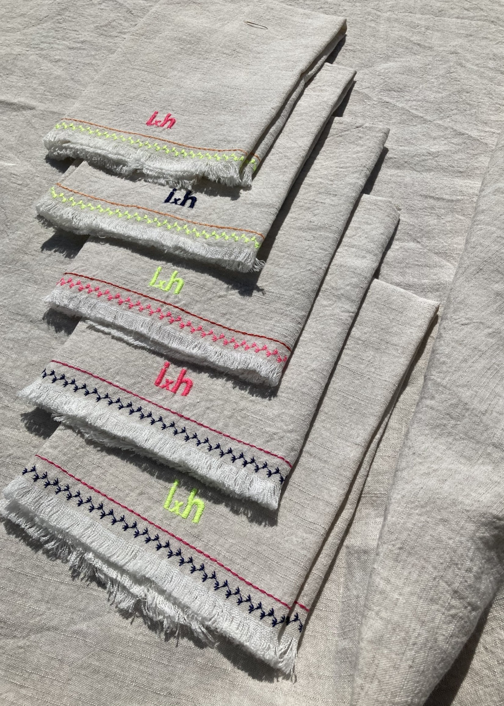 Set of 6  table napkins Natural and embroidery From Belgian Linnen