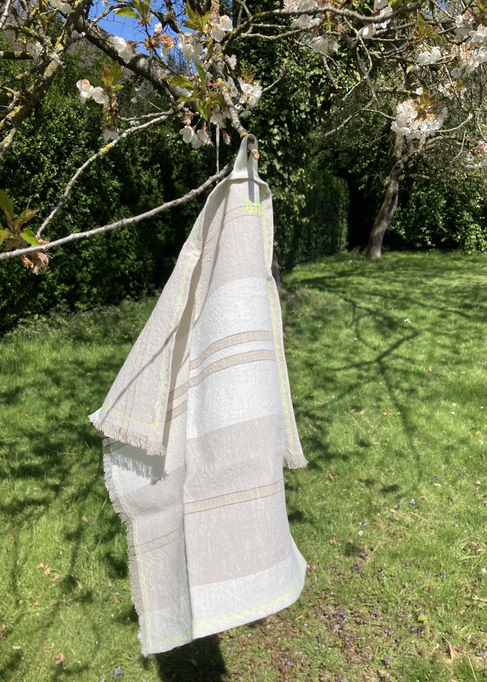 IdylleXHutta Set of 4 tea towels