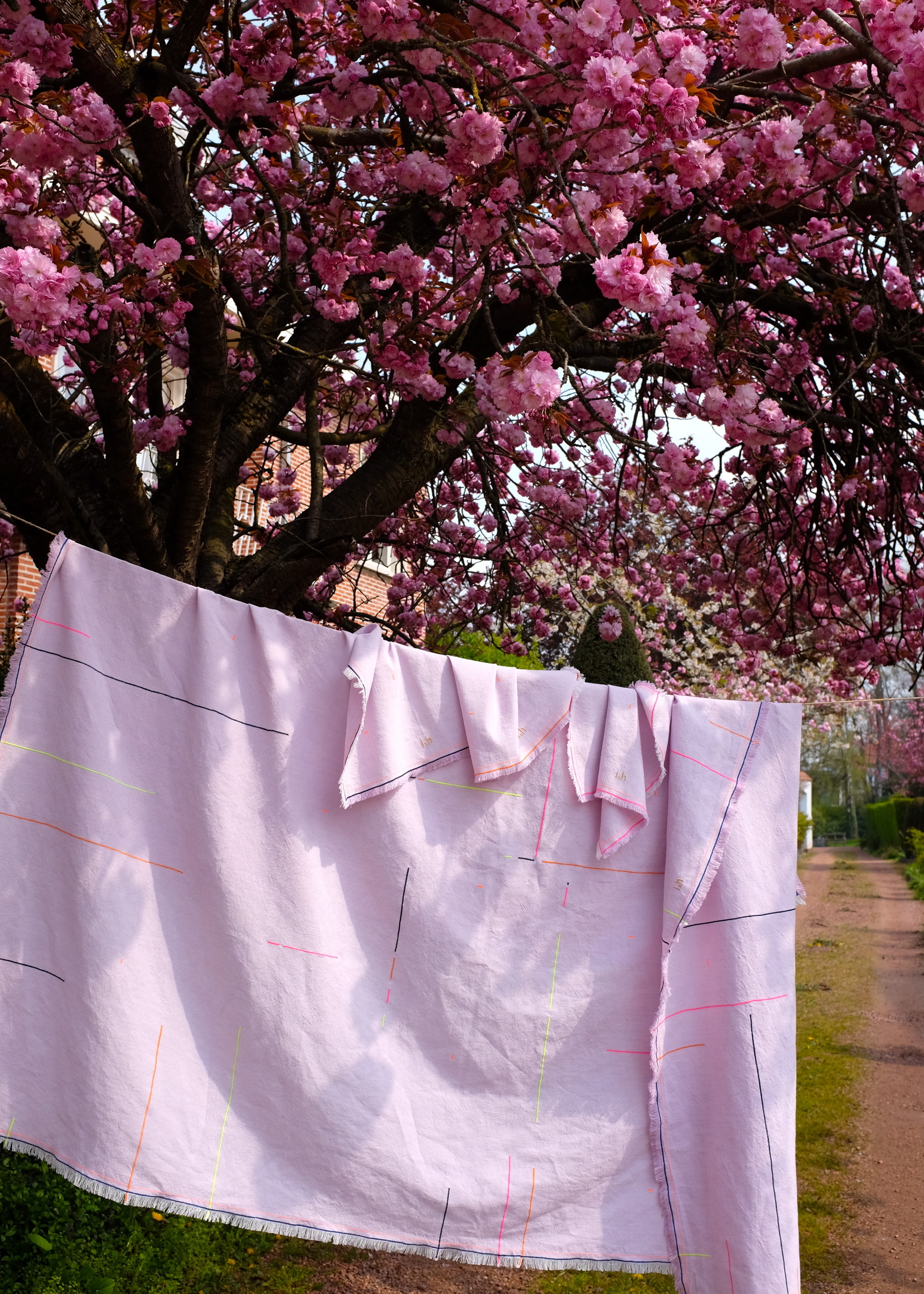 Lila Tablecloth in Belgian High end Linnen with Embroidery