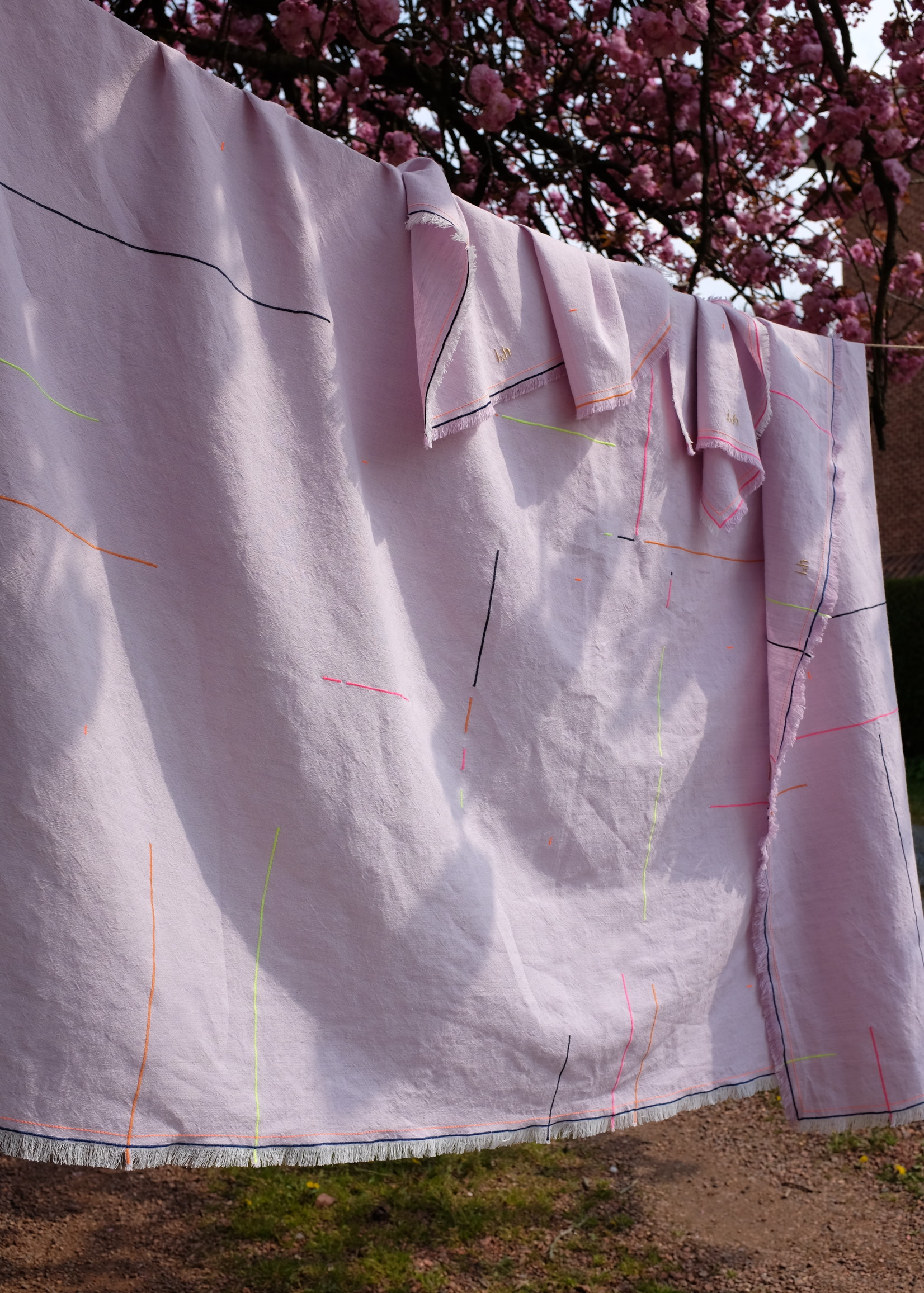 IdylleXHutta Lila Tablecloth in Belgian High end Linnen with Embroidery
