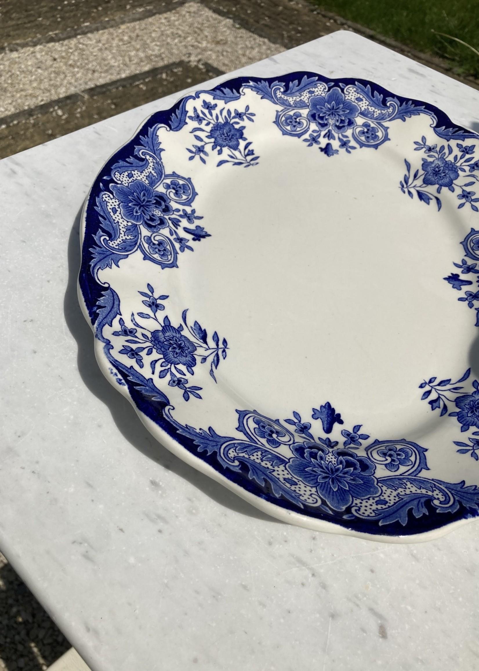 Round Dish Dordrecht by Boch
