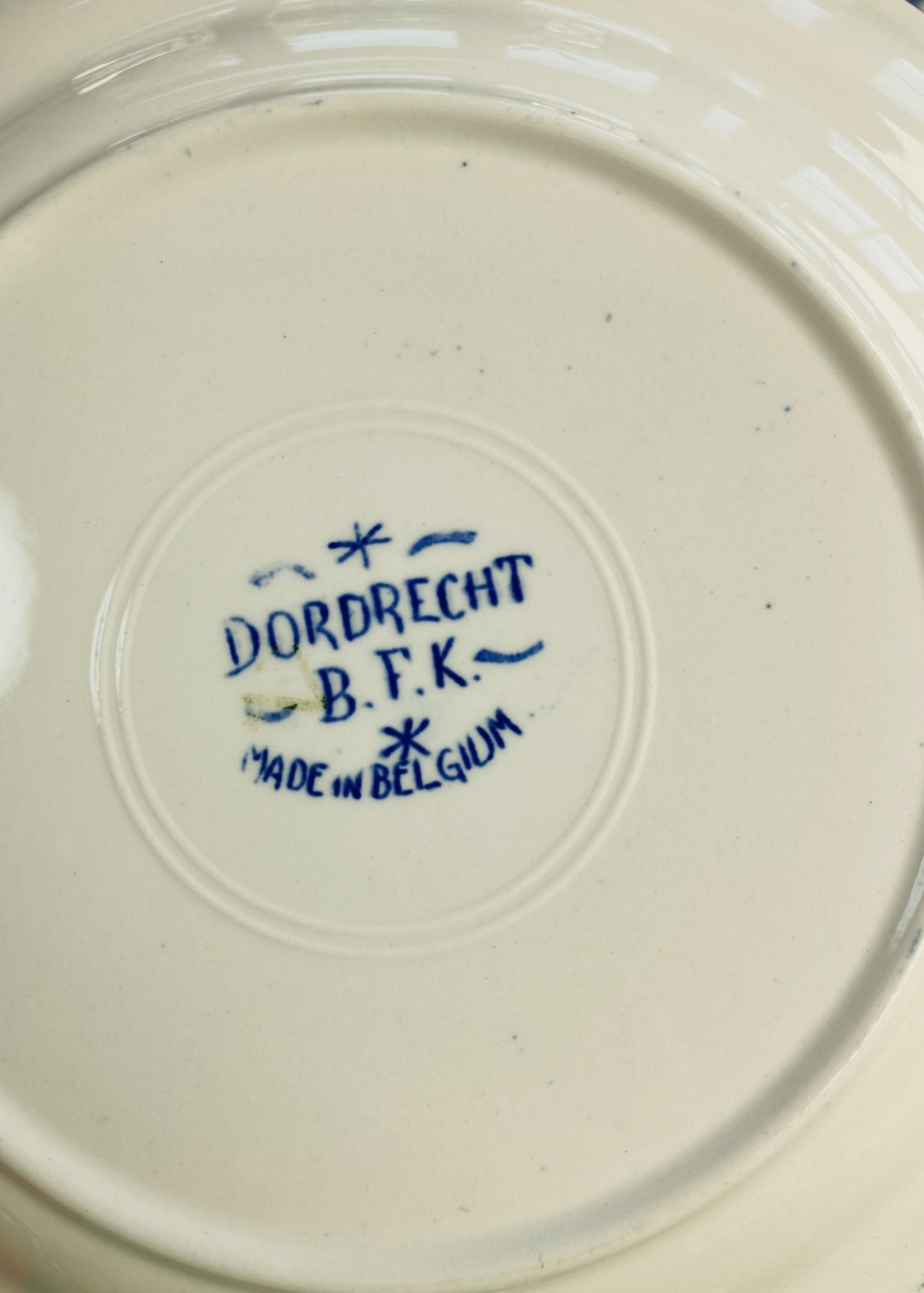 Deep and large dish Dordrecht by Boch