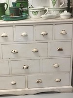 White weekcabinet with Drawers