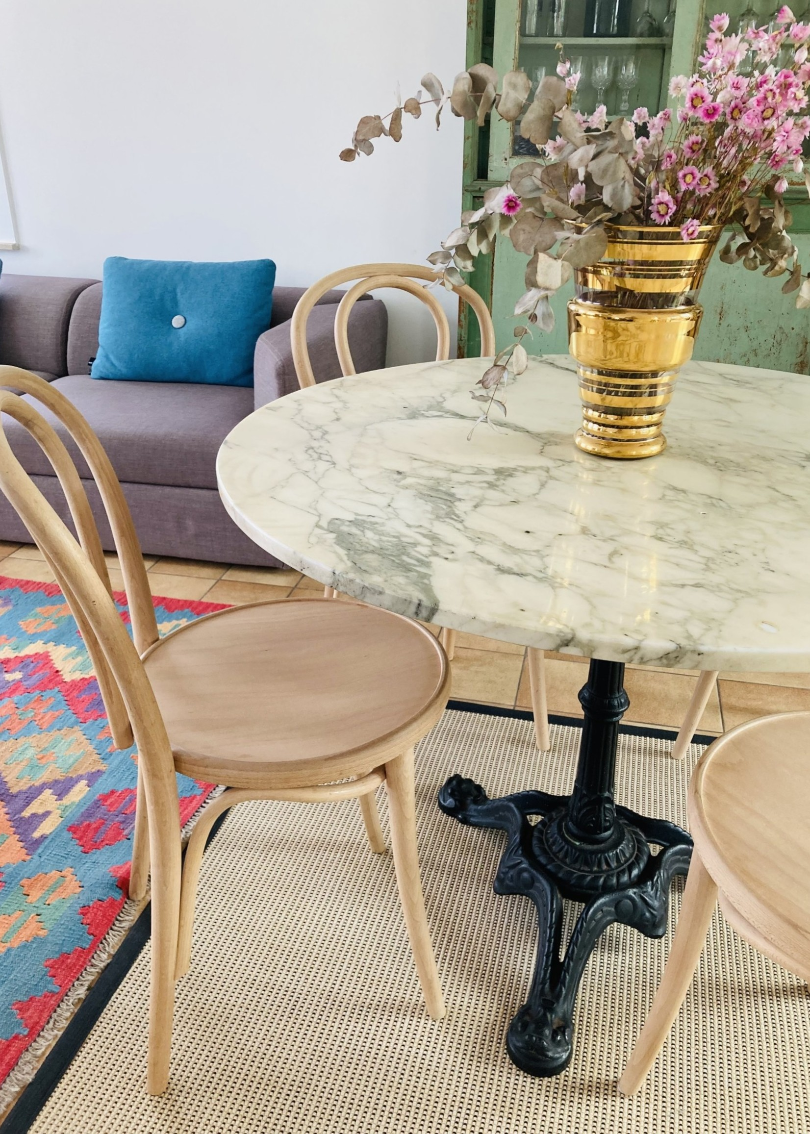 Antique bistrot table with cast iron base and marble table top