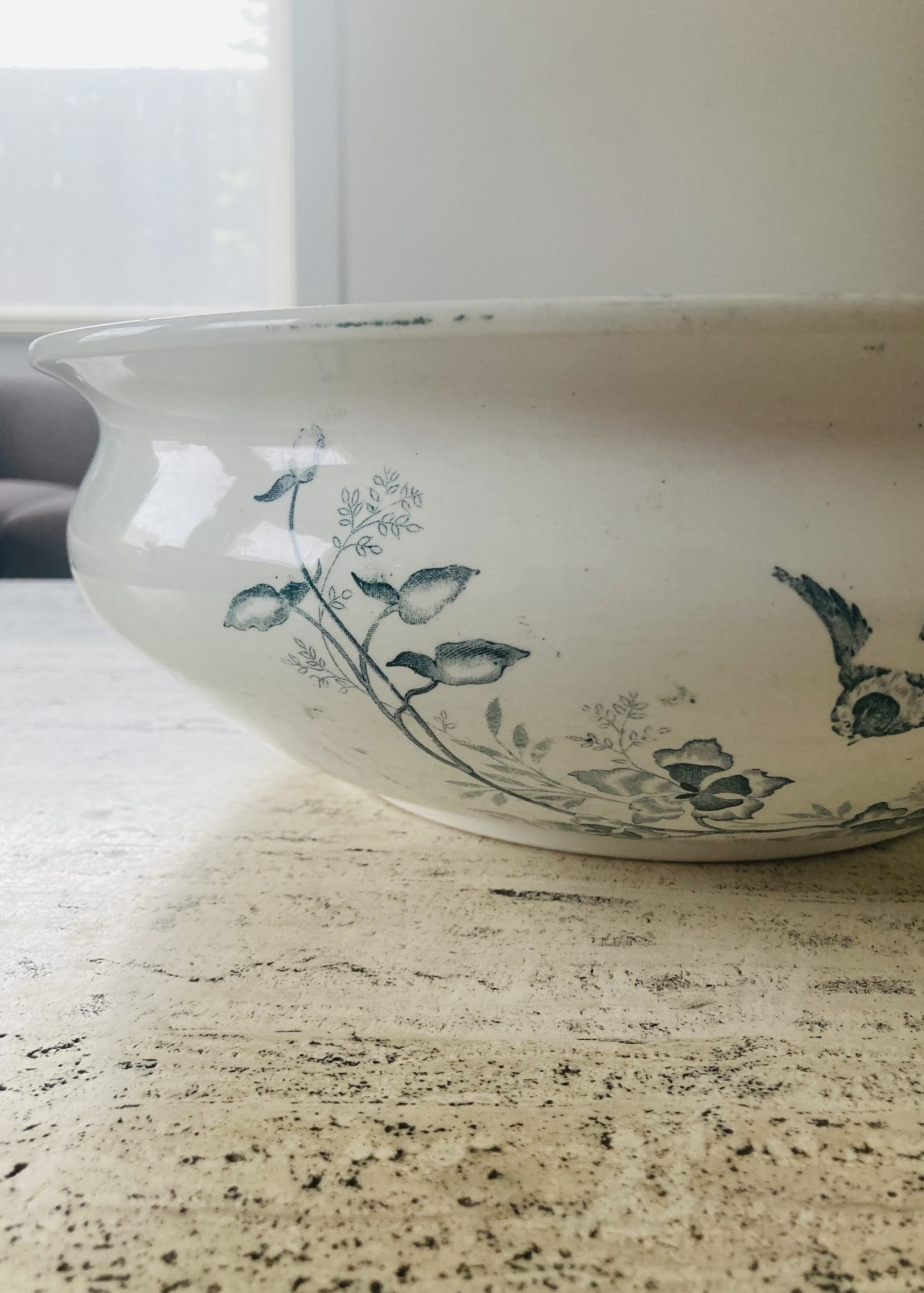 Bassin in ceramic from Moulin les lOups France, Model Orchidées