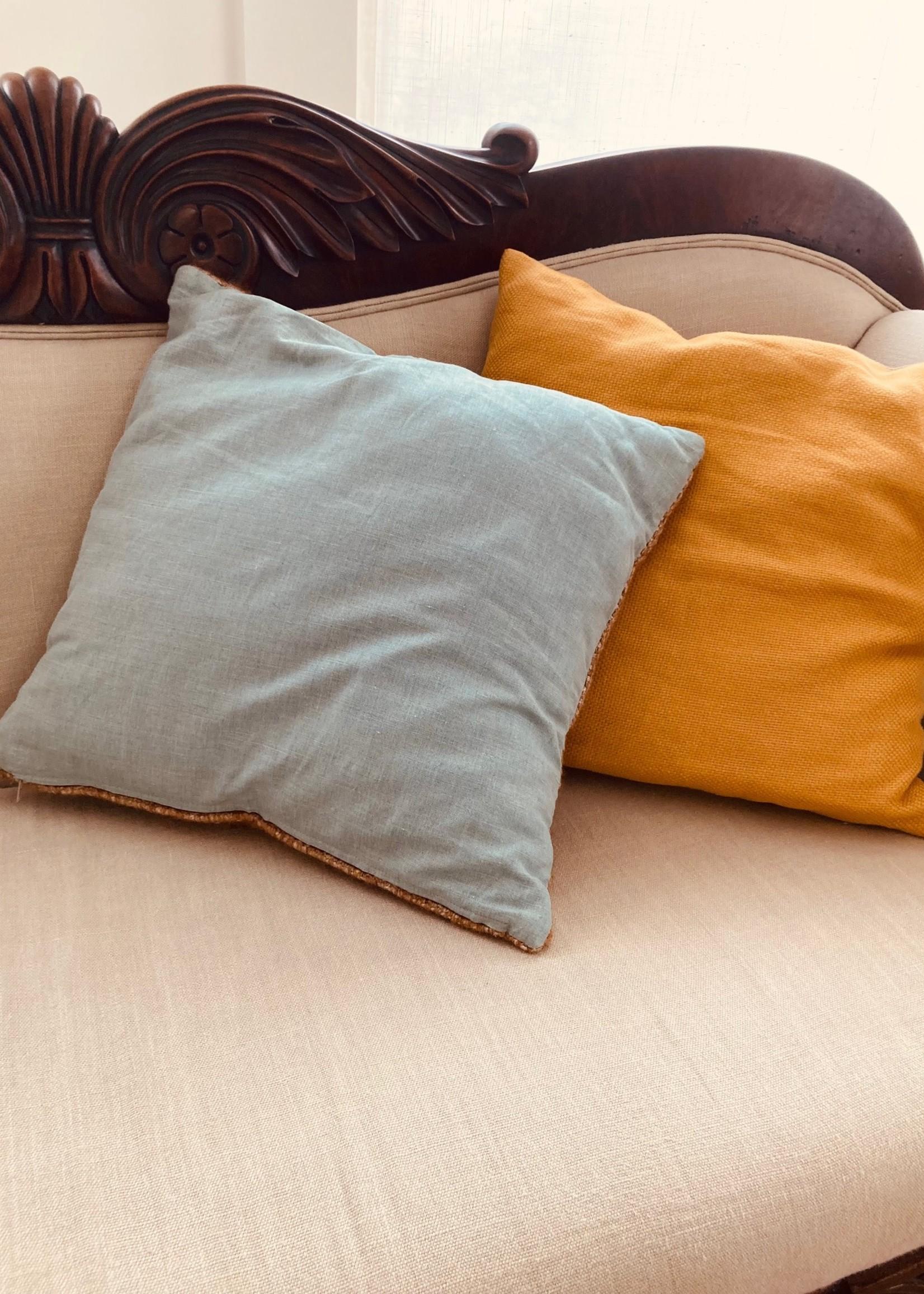 Linnen Cushionslope Custard yellow and brown