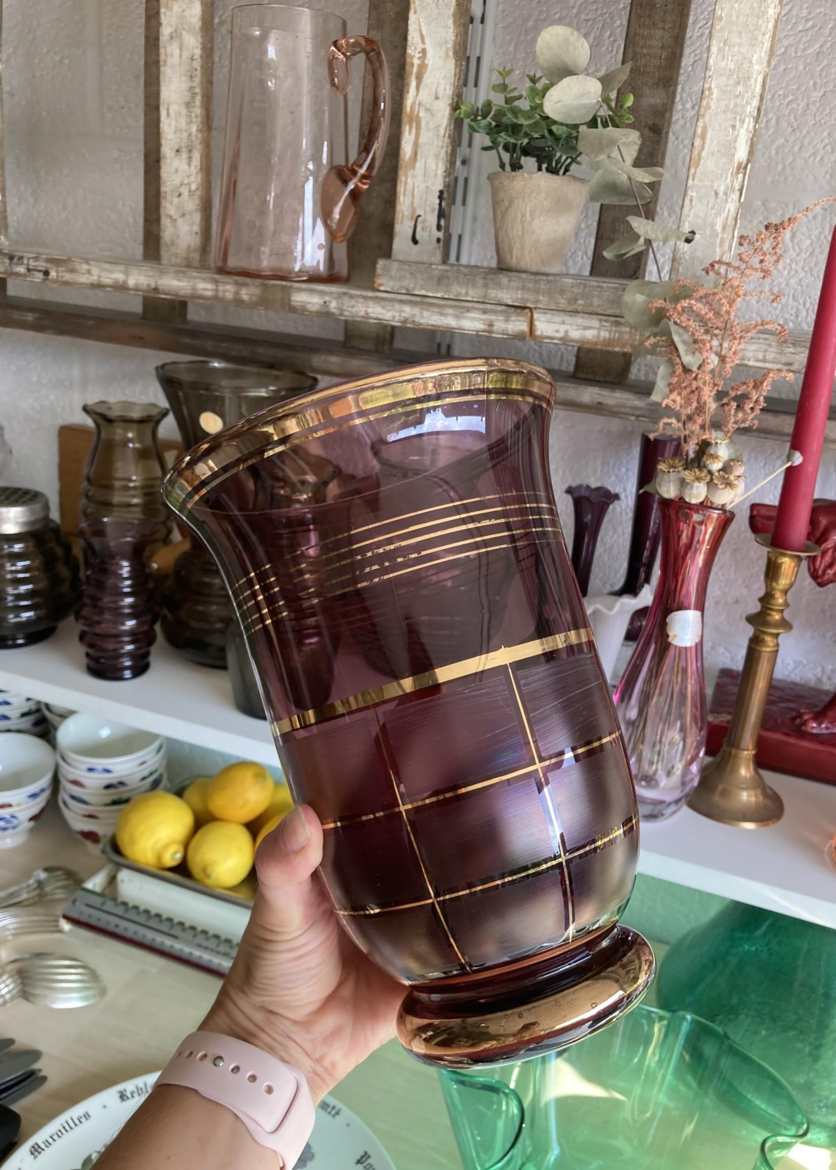 Art Deco Doyen Vase with golden Decoration