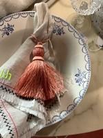 Linnen tassels with pearls